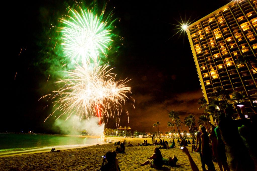 Free fireworks every Friday at Waikiki Beach.