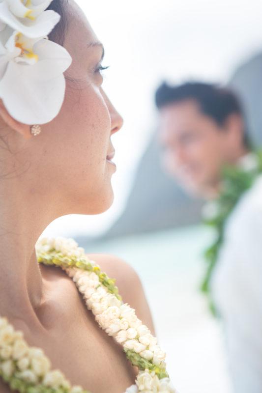 Pikake lei for a Hawaii wedding.
