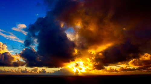 Makapuu Lighthouse Trail: Sunrise. Hawaii travel. Things to do in Oahu. Things to do in Hawaii.