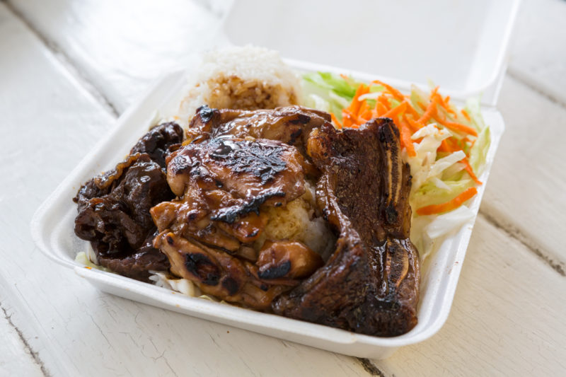 150 Things To Do On Oahu - Eat a plate lunch.