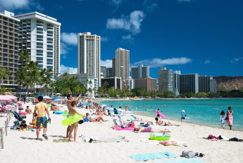 150 Things To Do On Oahu - Waikiki beach