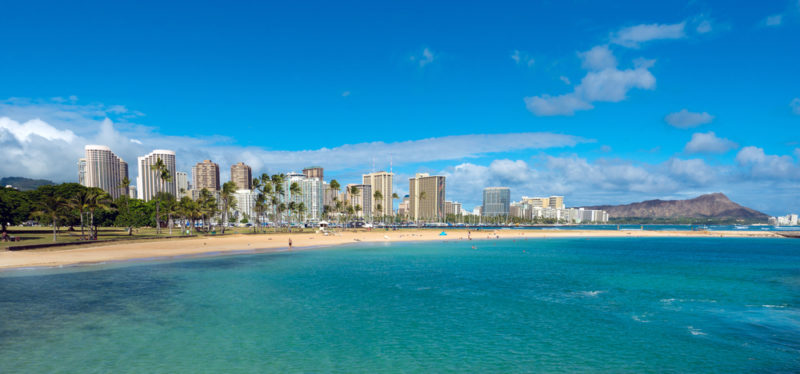 150 Things To Do On Oahu - Ala Moana Beach Park