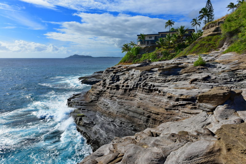 150 Things To Do On Oahu - Spitting caves