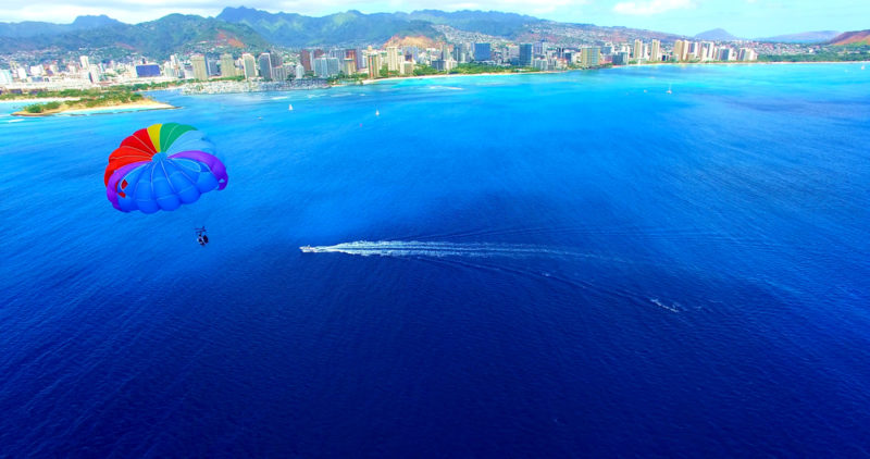 150 Things To Do On Oahu - Parasail Across Waikiki