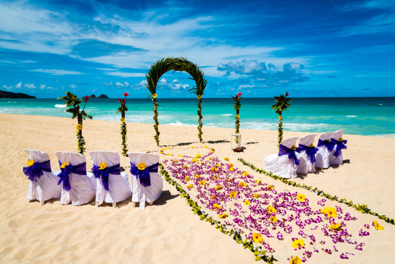 150 Things To Do On Oahu - Have A Simple Vow Renewal Ceremony
