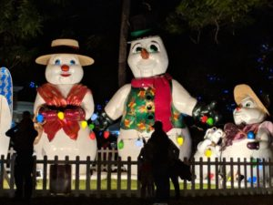 A snowman family at the Honolulu City Lights.