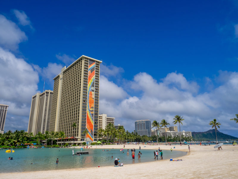 Relax at the manmade lagoon behind the Hilton Hawaiian Village | Jeff Whyte / Shutterstock.com
