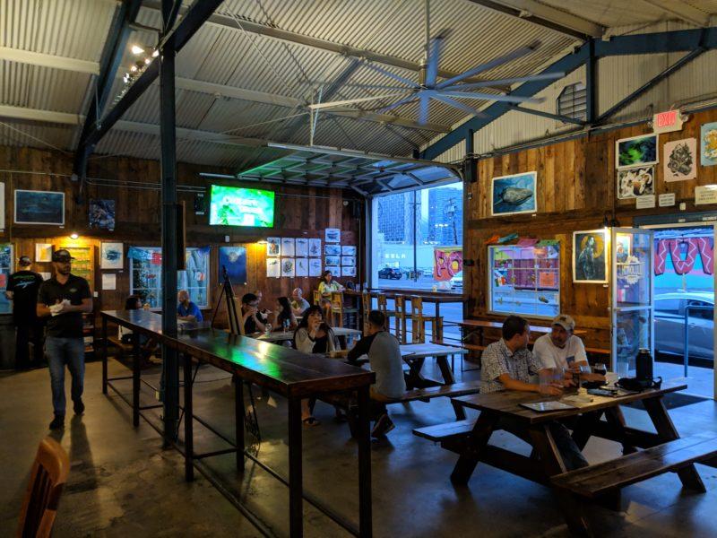 Inside Honolulu Beerworks