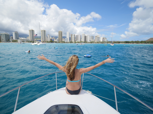 There are all kinds of boat tours in Oahu: snorkeling, cruises, sailing, dinner, and even booze cruises.