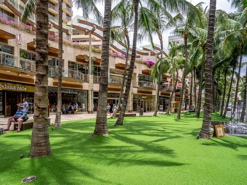 Shopping at Waikiki Beach Walk. Photo Credit: Jeff Whyte / Shutterstock.com