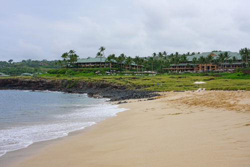 Best beaches in Hawaii: Hulopoe Beach. Hawaii travel. Things to do in Lanai. Things to do in Hawaii.