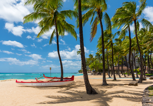 Waikiki in April 2020 during the pandemic was still beautiful. Editorial credit: Phillip B. Espinasse / Shutterstock.com